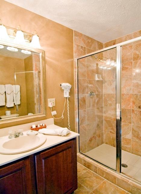 fireplace_suite_bath_room