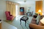 jacuzzi_suite_interior_2