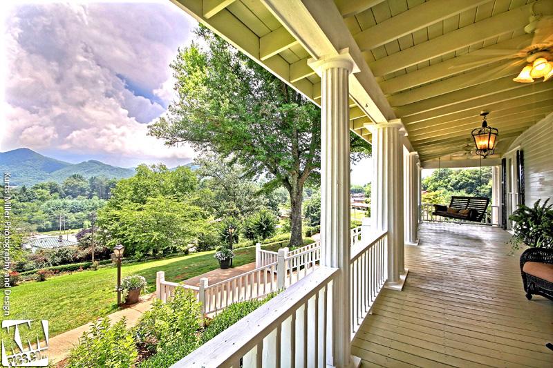 Rabun Manor front portch mountain view